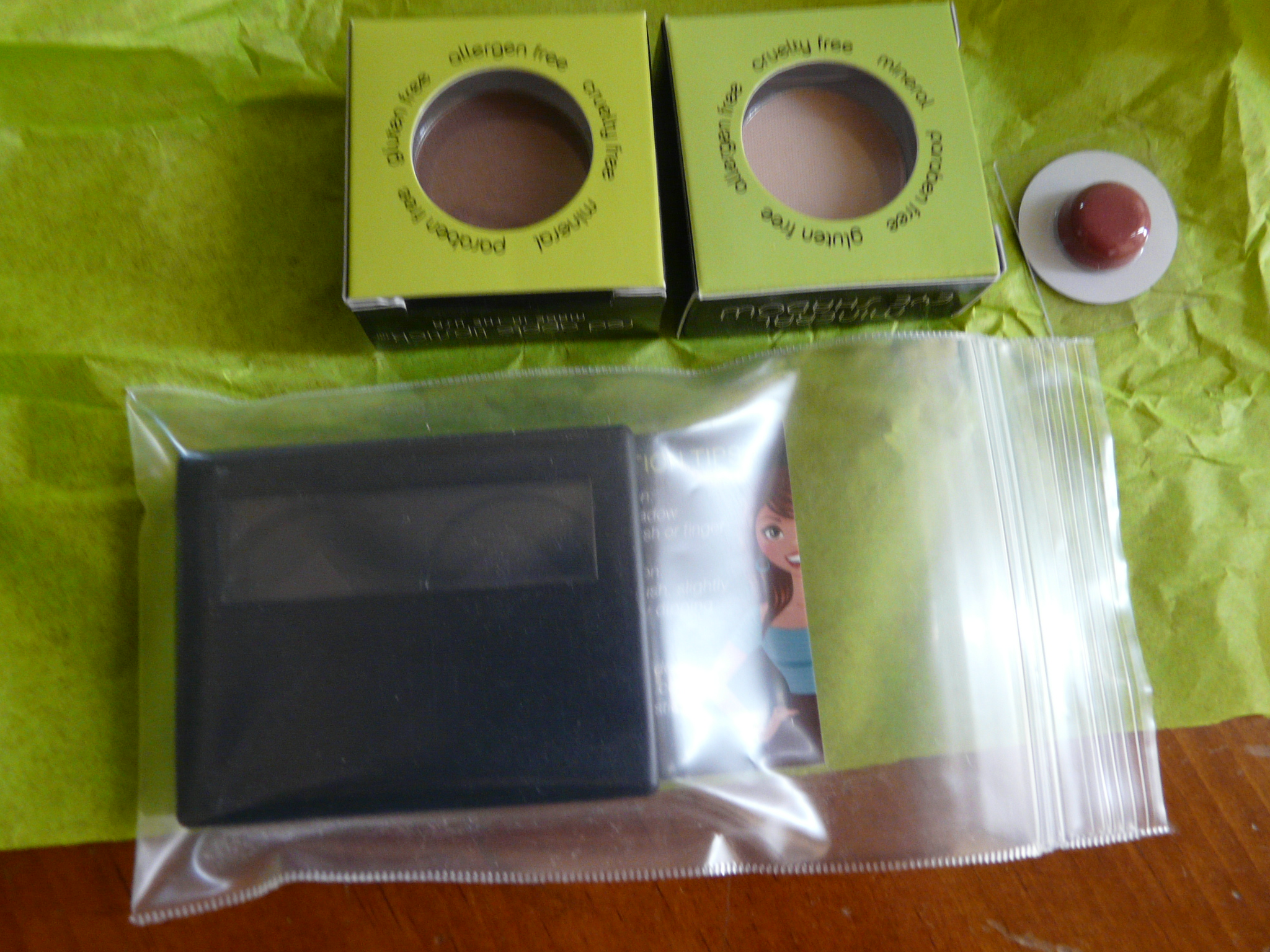 Eyeshadows and Sample